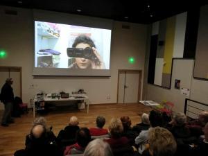 Projection du selfie vidéo de Marie Roland